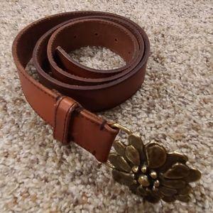 Leather flower belt